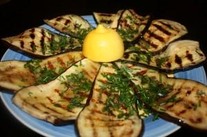 Sidrunimaitselised grillitud baklazhaanid