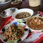 Näidismenüü Chian Mai Thai Farm kokanduskursusel